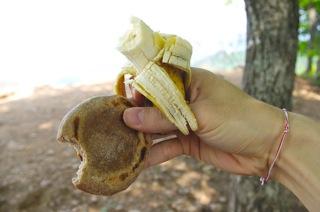 チャパティとバナナ
