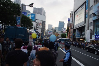 ゴールの新宿駅東口、アルタ前